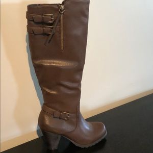 Women's knee high brown leather boots
